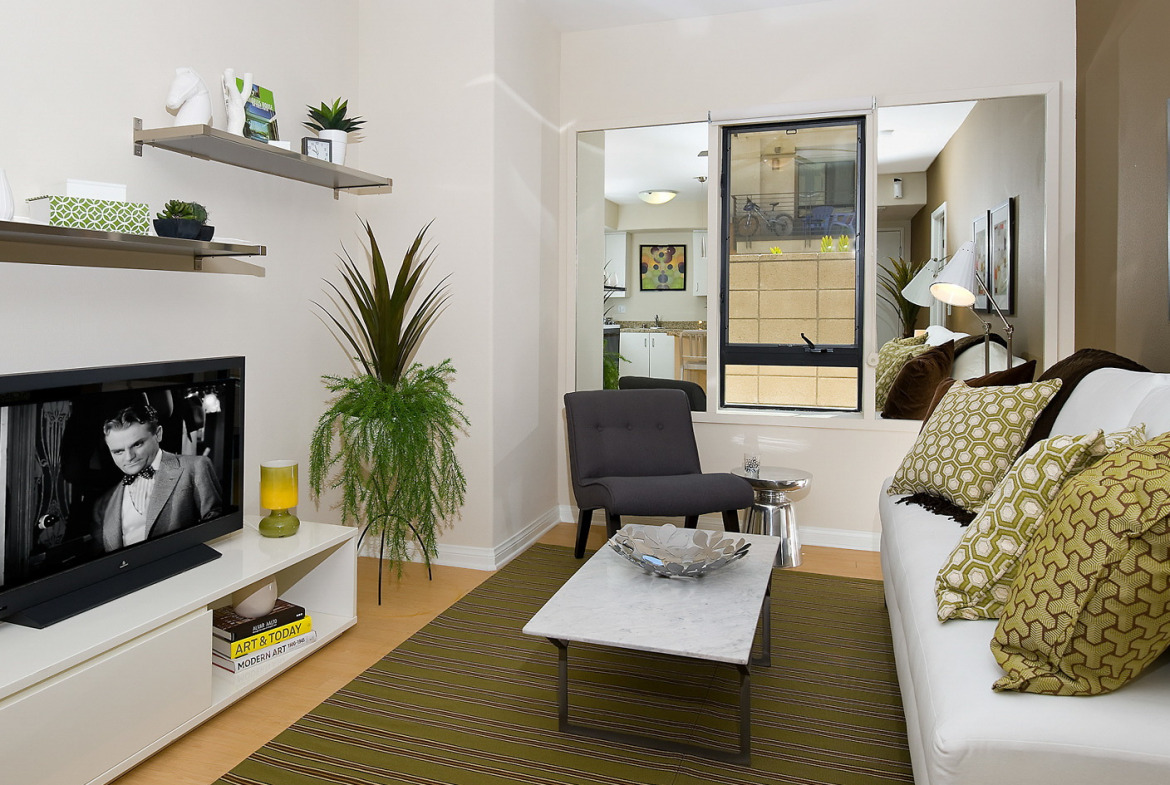 5600 Wilshire Short Term Stay-Sample Image of Los Angeles CA Intern Home