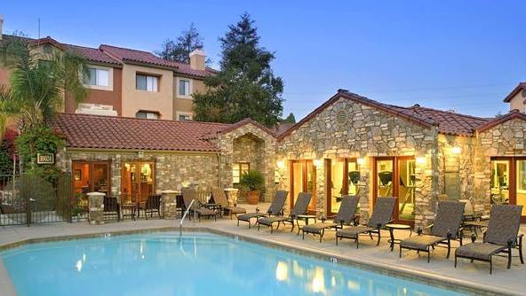 Avalon La Jolla Apartment Home-Sample Image of San Diego CA Intern Rental