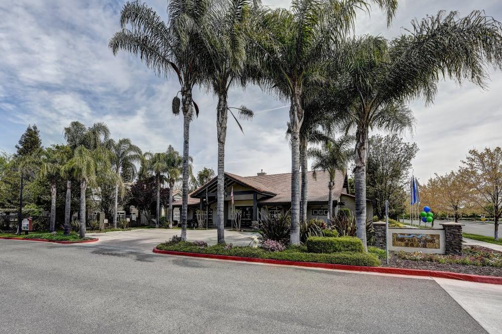 Brooks Landing Apartment Home-Sample Image of Modesto CA Intern Rental