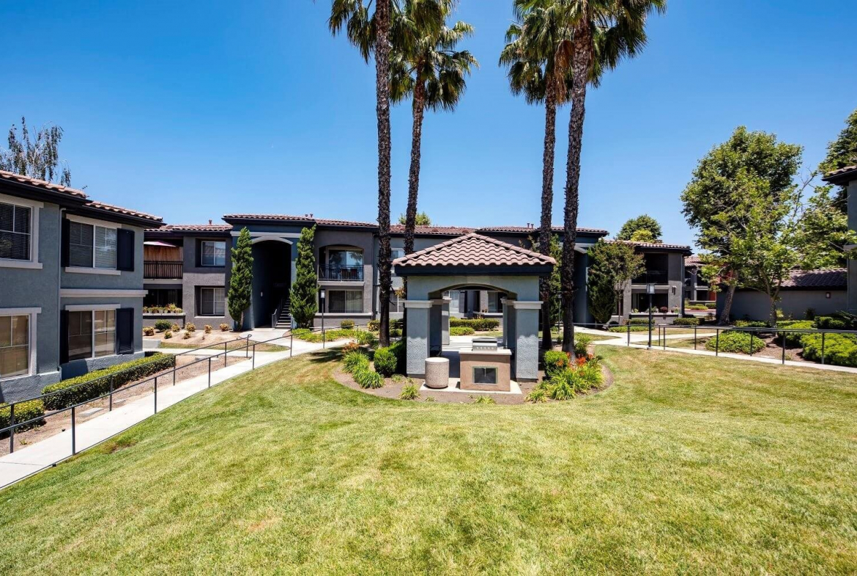 Estancia Furnished Rental-Sample Image of Riverside CA Intern Housing