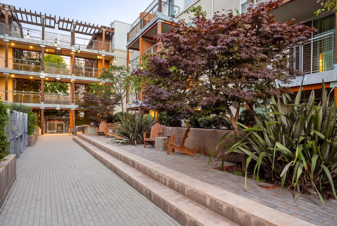 Fourth and U Corporate Housing-Sample Image of Berkeley CA Construction Rental