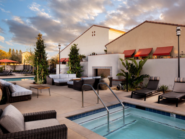 For furnished accommodation in Tracy, call Key Housing.