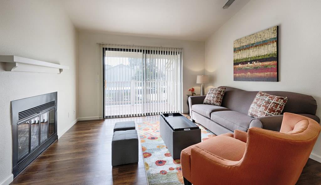 Lakeside Short Term Apartment-Sample Image of Fresno CA Nurse Housing