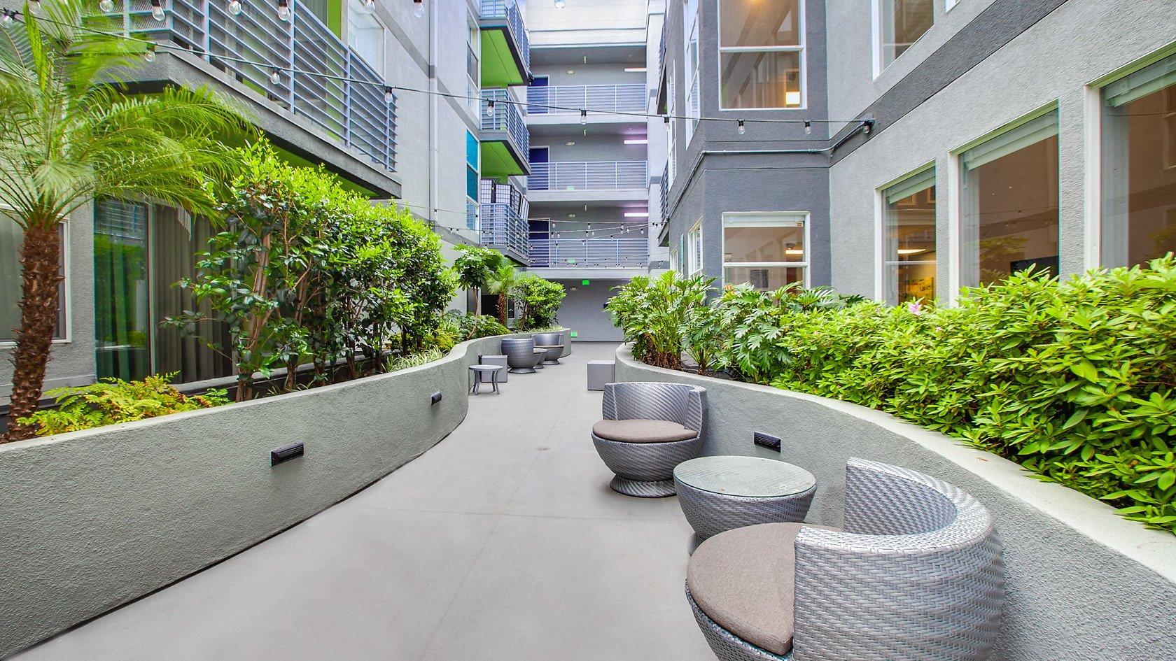 Park Catalina Serviced Rental-Sample Image of Los Angeles CA Intern Home