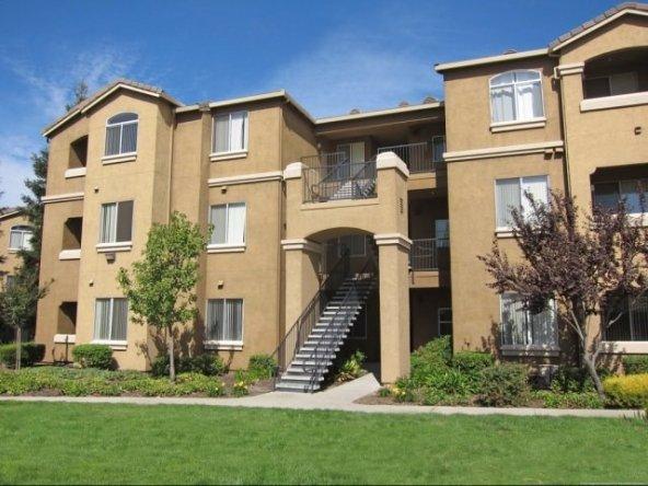 Pinnacle at Galleria Corporate Home-Sample Image of Roseville CA Intern Rental
