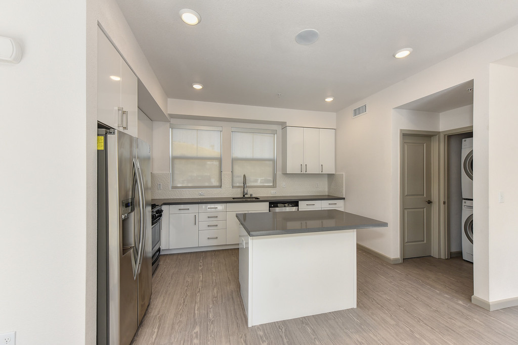 The Pique Extended Stay Rental - Sample Image of Folsom, CA Intern Housing