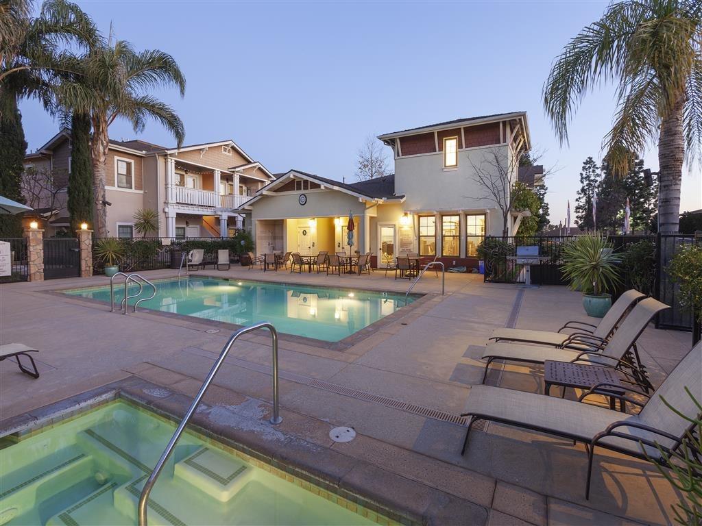 Ralston Courtyard Extended Stay-Sample Image of Ventura CA Nurse Rental