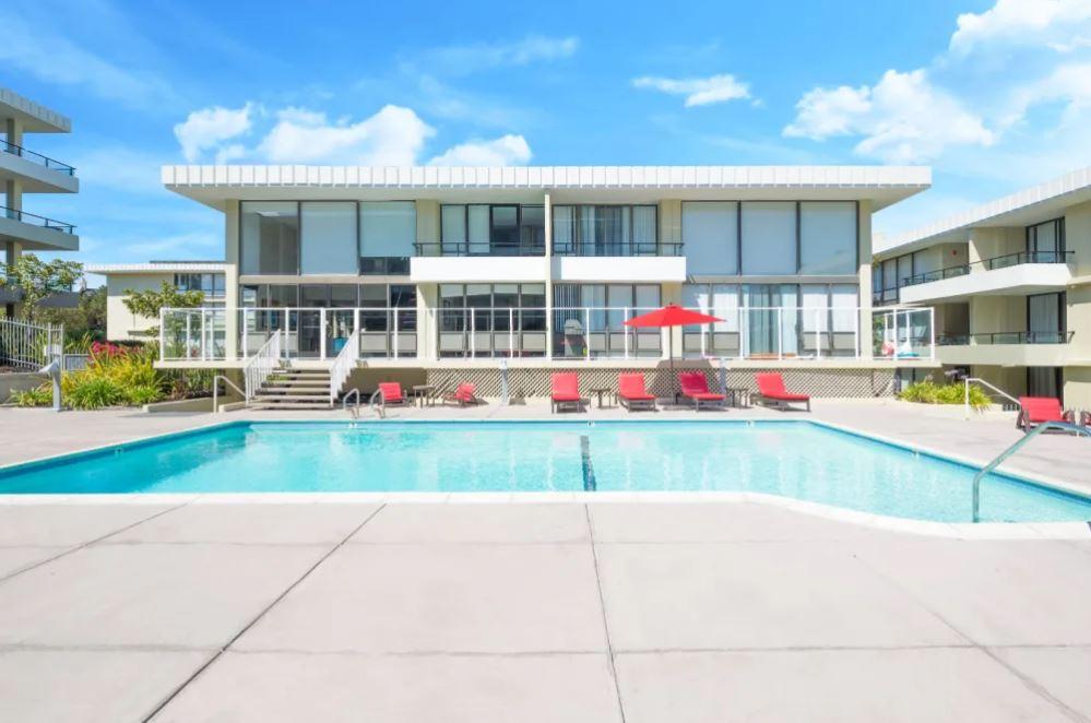 Skyline Terrace Furnished Rental-Sample Image of Burlingame CA Intern Housing