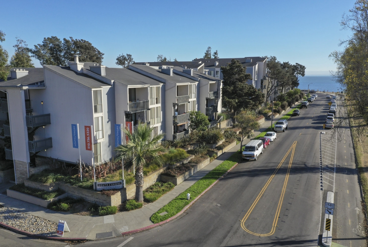 South Shore Extended Stay Rental-Sample Image of Alameda CA Nurse Housing