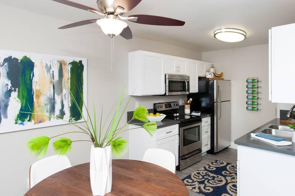 Stoneridge Short Term Rentals Intern Housing