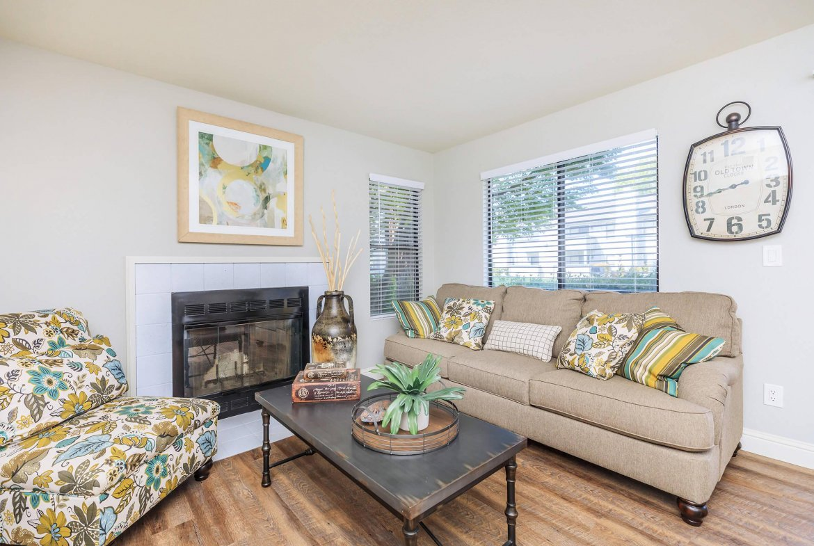 Summer Place Extended Stay Rental-Sample Image of Fresno CA Nurse Apartments
