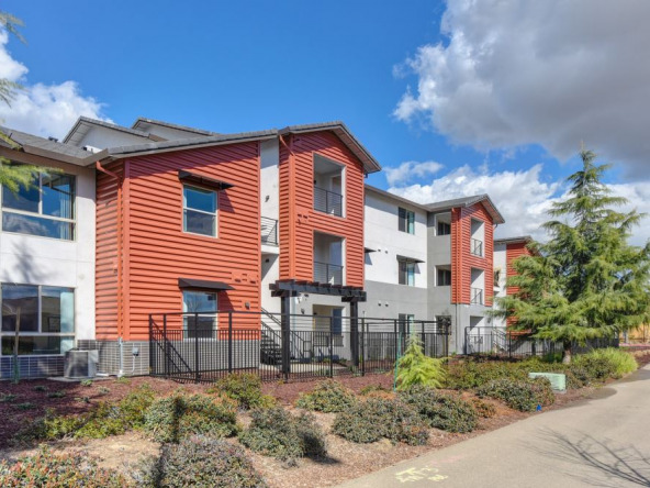 Tesoro Short Term Rental-Sample Image of Manteca CA Nurse Housing