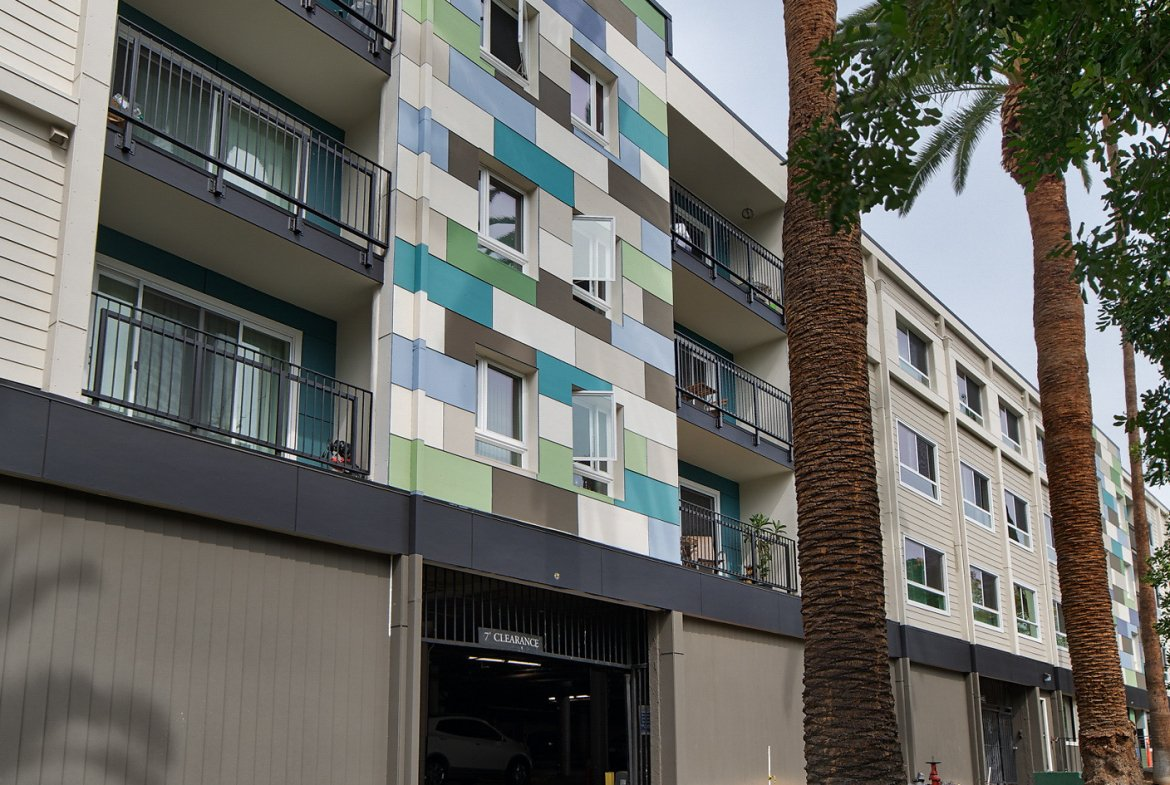The Henley Furnished Rental-Sample Image of Glendale CA Intern Housing