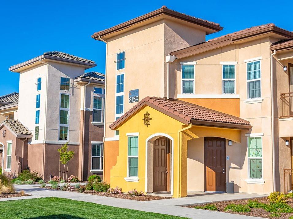 Vasari Corporate Apartment Rental-Sample Image of Elk Grove CA Nurse Housing
