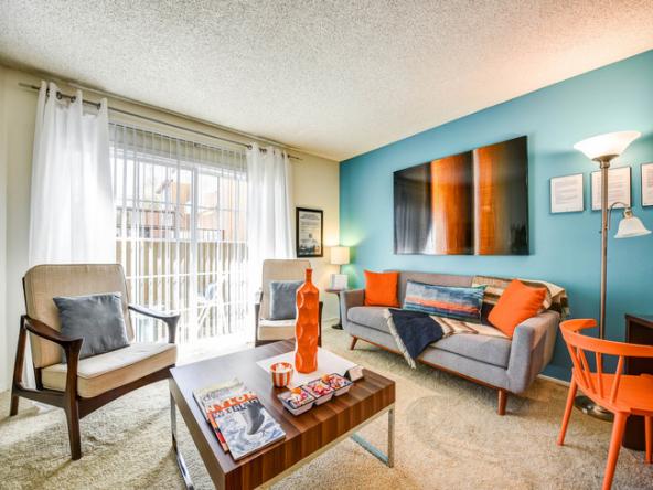 Waterstone Media Center Apartment Home-Sample Image of Burbank, CA Nurse Housing