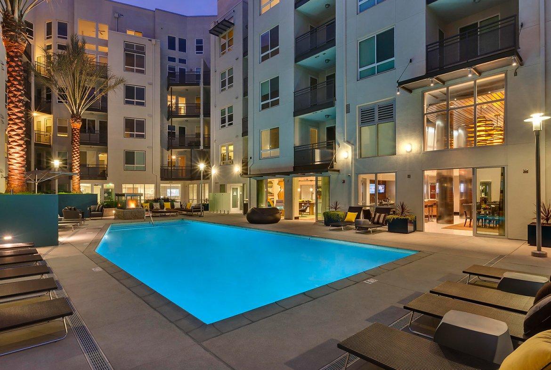 Wilshire La Brea Serviced Rental-Sample Image of Los Angeles CA Intern Home